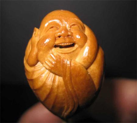 各种莲花木制雕刻工艺品